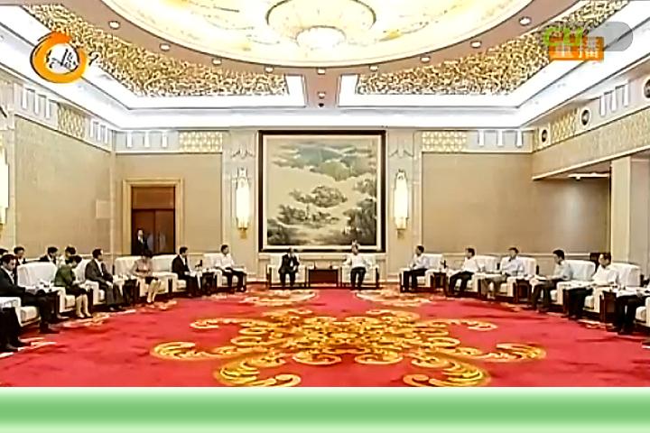 罗清宇与新疆六师五家渠市党政代表团进行座谈交流 耿彦波 弓跃参加