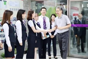 打造一流科技银行 | 李晓鹏慰问光大银行核心业务系统3.0升级投产全体工作人员