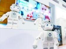 高交会:唱歌跳舞机器人少了 工业应用机器人多了