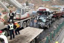 兰海高速车祸路段:曾发生事故二百余起近百人伤亡