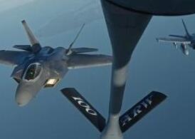 驻日美军2机空中相撞并坠海 2人获救5人失踪