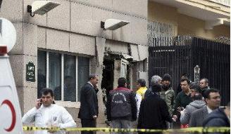 美驻土使馆门前传枪声 击碎安全岗亭窗户