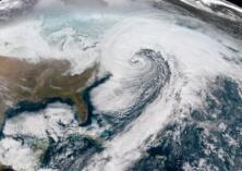"""""""炸弹气旋""""再袭美国 8000万?#29992;?#36814;来极端天气"""