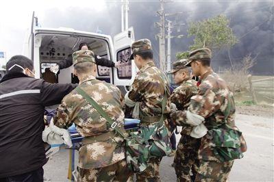 """江苏响水""""3·21""""爆炸事故:危重症伤员救治""""一人一方案"""" 超130名伤员已实施手术"""