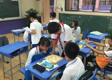 """老师拖堂引学生不满 中小学生""""课间10分钟""""不容侵占"""