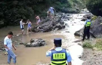 游客任性犯險獲救后拒付救援費:公共資源就該救我