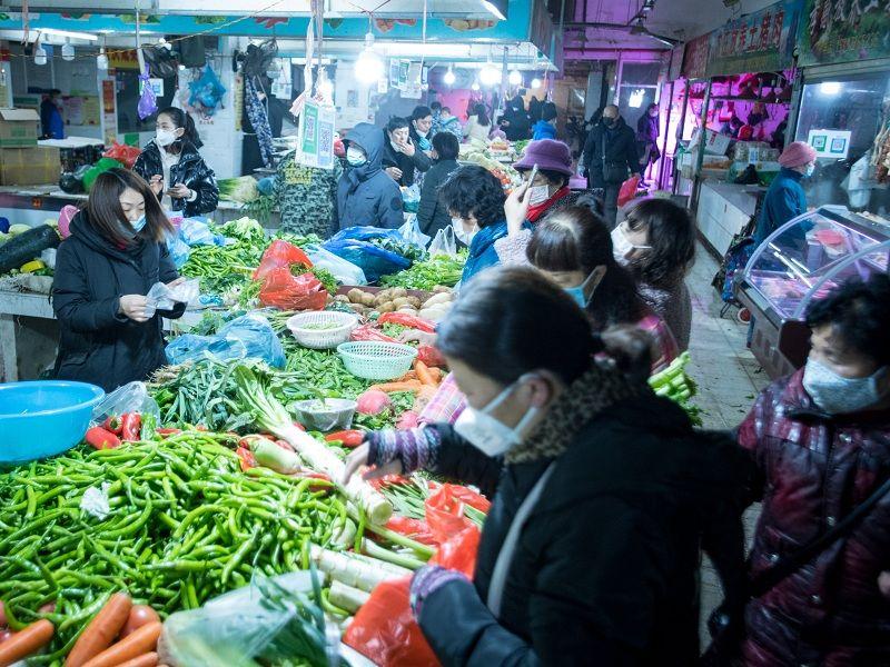 人民日报记者直击:离汉通道关闭第一日
