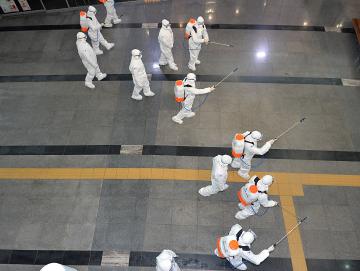综合消息:多国新冠病毒感染病例继续增加