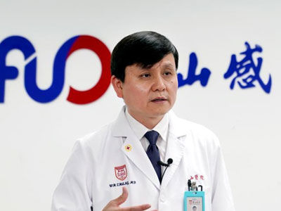 张文宏:中国疫情防控常态化不等于正常化