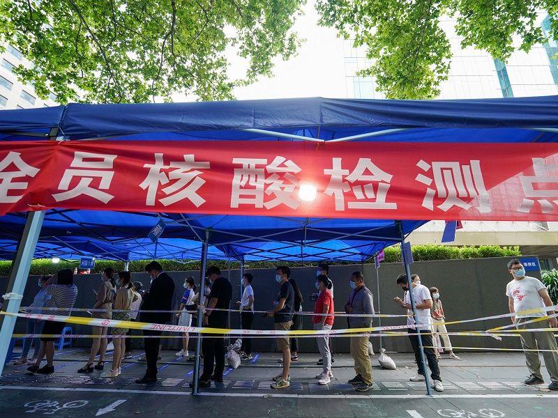钟南山:南京疫情整体可控 非常关注张家界疫情